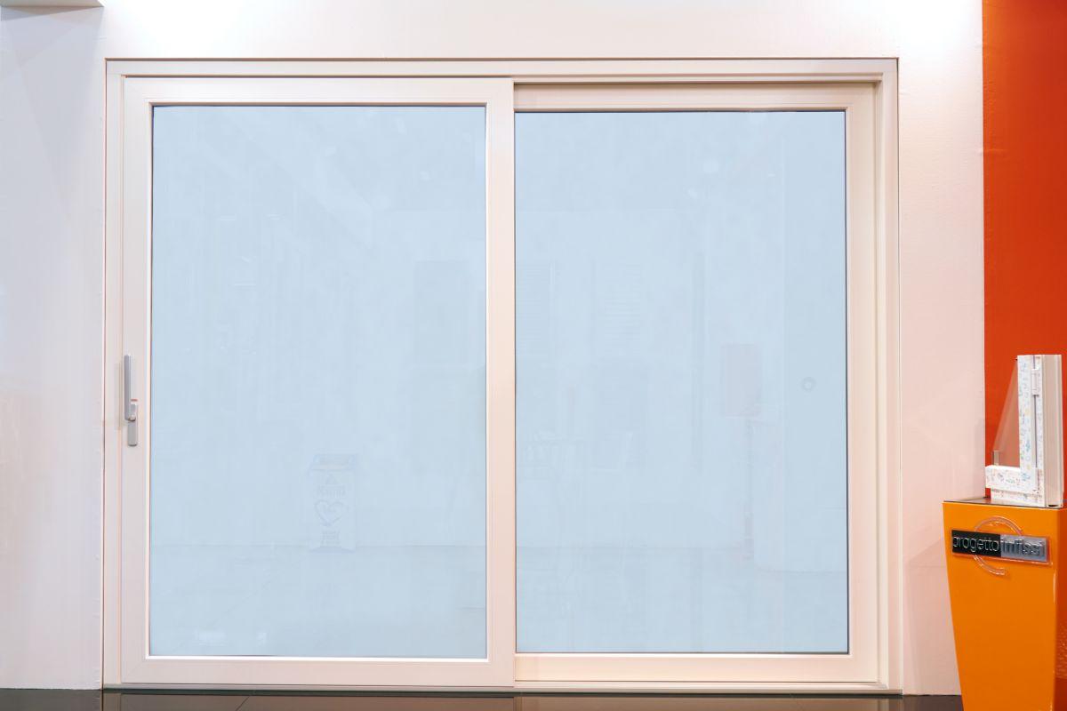 Progetto infissi di gilberto micucci vendita finestre e for Vendita finestre pvc