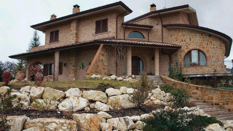 Villetta rustica 16